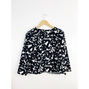 Katherine Barclay Black White Floral Print Top